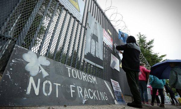 """""""Independent consultant"""" exposed as pro-fracking"""